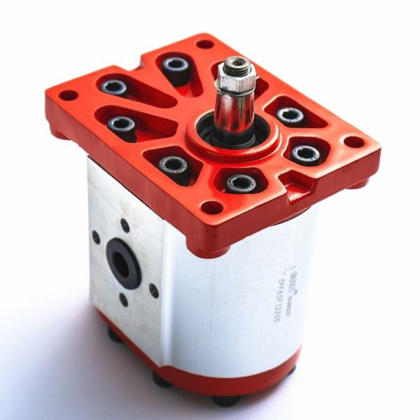 Vickers PV063R1K1B4NFFC+PGP517A0380CD1 Piston Pump PV Series #1 image